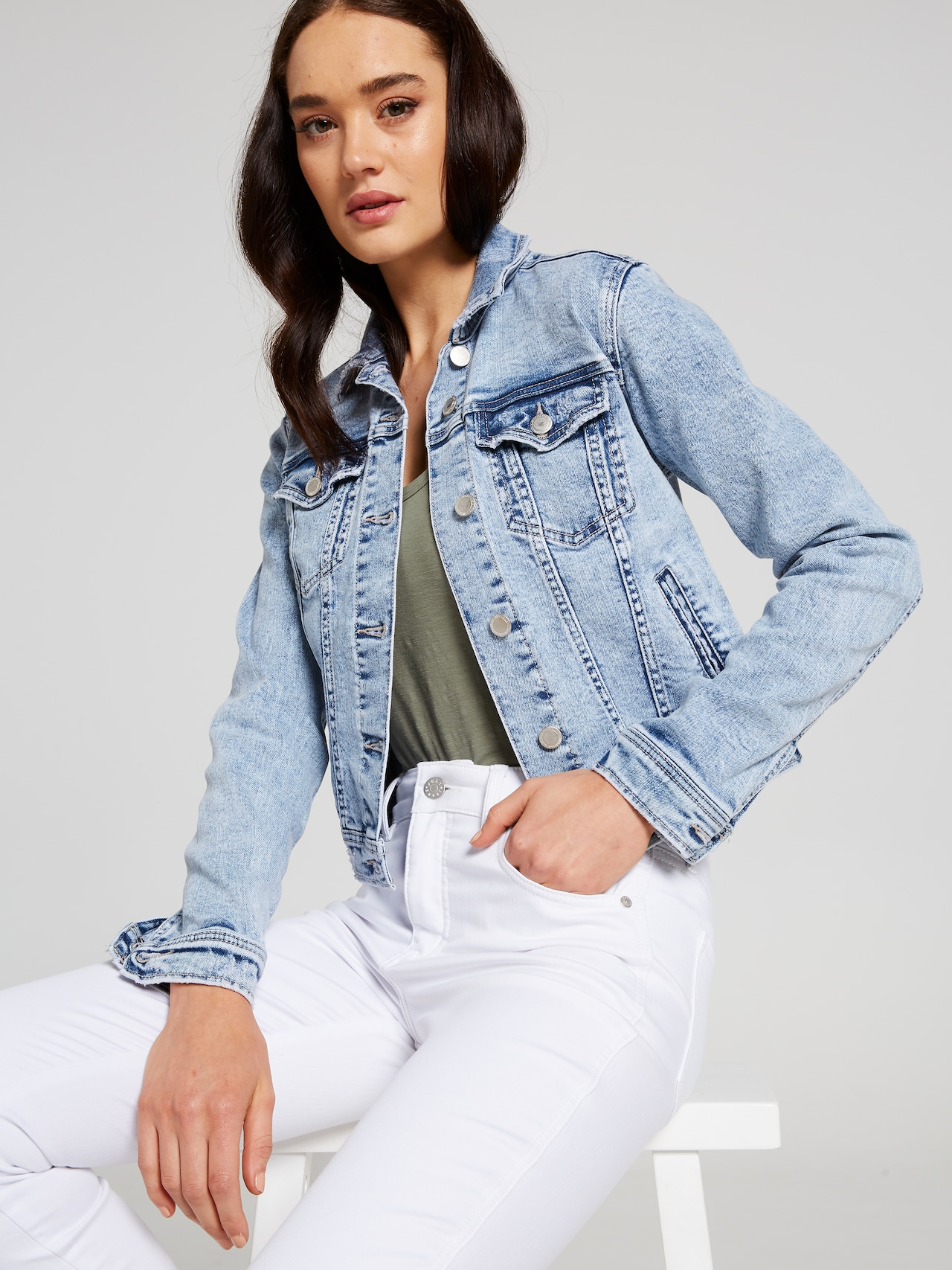 discount sale official sale on wholesale Finley Cropped Trucker Jacket - Just Jeans Online